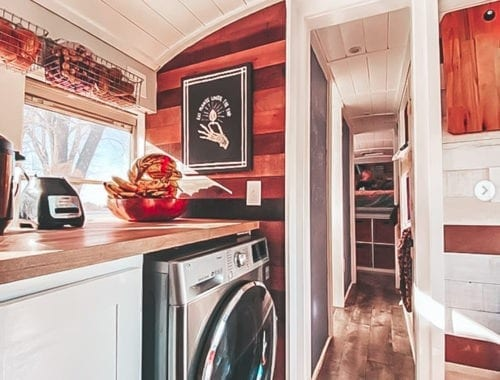 Today we're featuring the Sweet Sweet Buslife skoolie - a bus conversion with serious style and quite the entourage - 2 adults, 5 kids, 2 dogs, and a cat! | Since We Woke Up | sincewewokeup.com